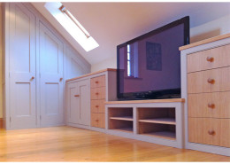 teenagers_attic_bedroom_wardrobes_furniture