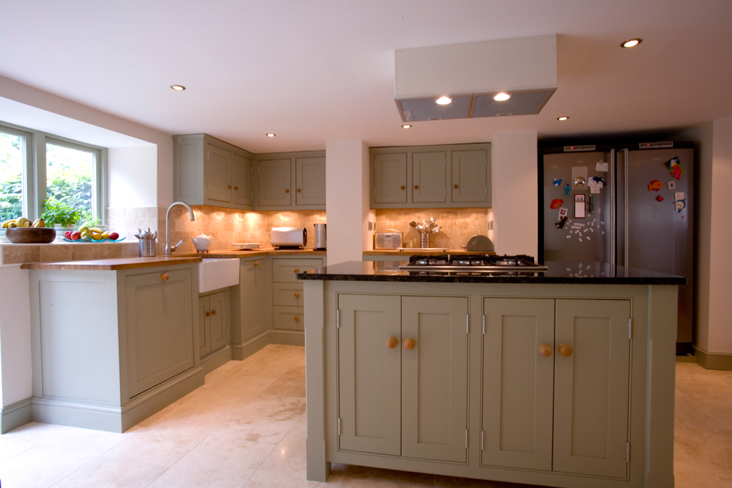 Kitchen cupboards hexham dunham fitted furniture for Fitted kitchen cupboards