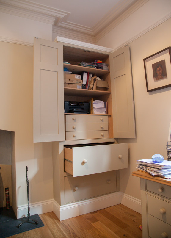 Furniture workspaces dunham fitted furniture for Hideaway home office