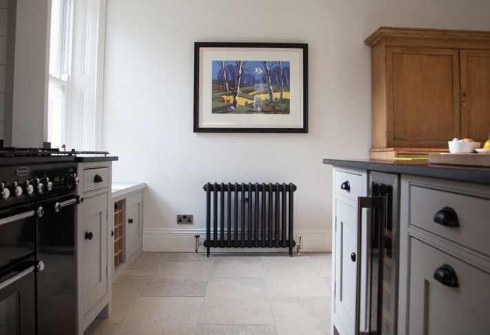 fitted_kitchen_corbridge_wine_cooler